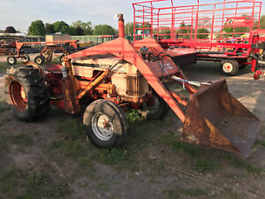 Case 440 Tractor With Loader Stk 35707