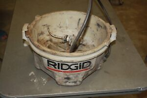 Ridgid Oiler Pan Pump 300 700 Pipe Threaders With 1 Gallon Of New Cutting Oil