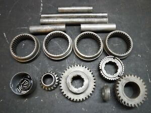 65 69 Gm Muncie 4 Speed Transmission Parts Lot Slider Shaft 3 Gear M20 M21 M22