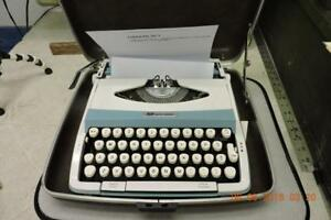 Vintage Smith Corona Corsair 700 Powder Blue White Typewriter W Case Clean