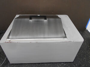 Vwr Scientific 1235 Digital Hot Water Bath 14l