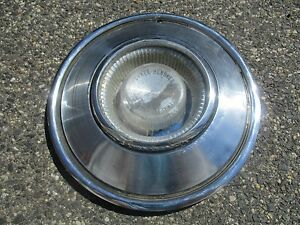One 1965 Chrysler 300 New Yorker 14 Inch Hubcap Wheel Cover