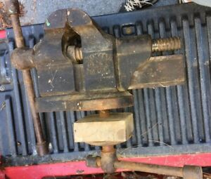 Rare Antique Large Walworth Usa Boston Swivel Vise