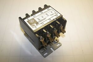 New Ge General Electric 30 Amp 120 Volt Coil Contactor Cr353ac4aa1