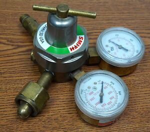 Smith H1710c 540 Medium Duty Oxygen Regulator 3000psi Inlet Max
