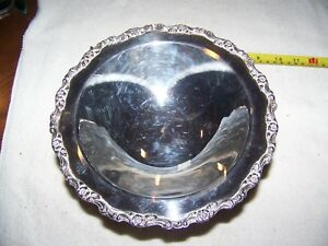 Wm Rogers Silverplate Footed Pedestal Bowl Candy Nut Dish
