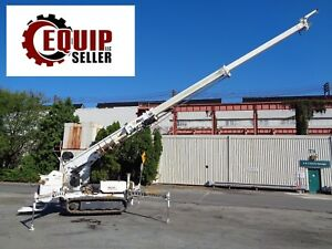 2010 Altec Db35 Back Yard Digger Derrick Crawler Crane Boom Lift