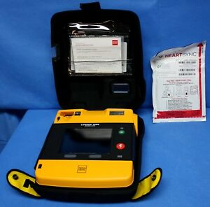 Physio Control Lifepak 1000 Aed W Case 3 4 Battery Pads 2020 99425 000023
