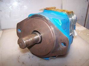 New Eaton Vickers Low Noise Hydraulic Vane Pump 25 Gpm 35v25a 1a22r