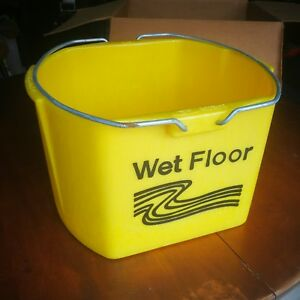 Discontinued Rubbermaid Brute Industrial 26q 6116 Mop Bucket W o Casters New