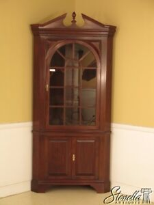 28923e Stickley Large Solid Cherry Chippendale Corner Cabinet 2 Of 2