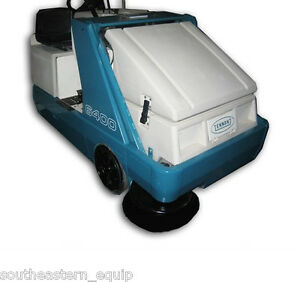 Reconditioned Tennant 6400 Battery Ride on Sweeper
