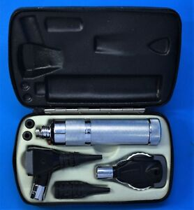 Welch Allyn Diagnostic Set Handle Case Otoscope 240 Ophthalmoscope Head 115