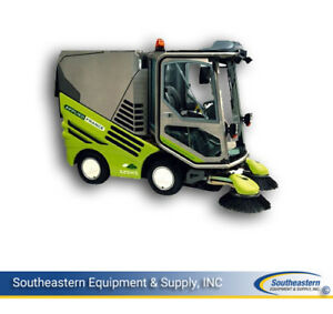 Reconditioned Tennant Green Machine 525 Outdoor Sweeper