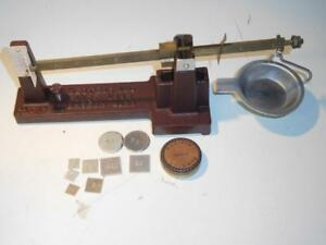 Herters Vintage Reloading Scale Pacific Gram Weights and Funnel