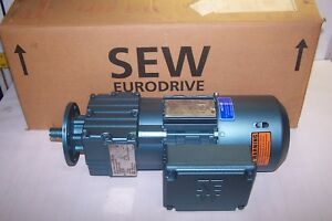 New Sew Eurodrive 5 Hp Electric Gearmotor 3 4 Dia Shaft Rf17dt71d4bmg05hrth