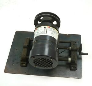 Dayton Motor 3m127b Ac Gearmotor 115v 1 20hp 12rpm On Lovejoy 135 Stand W Pulley