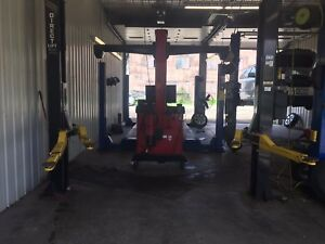 Direct Two Post Auto Lift 8 000 Lb