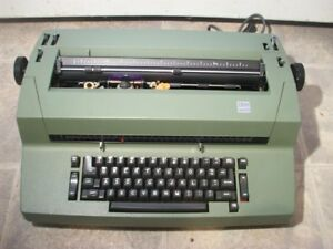 Ibm Correcting Selectric Ii Typewriter With Original Dust Cover Green