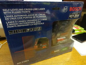 New Bosch 165 Ft Self Leveling Cross Line Laser Level Plumb Points Gcl 2 160