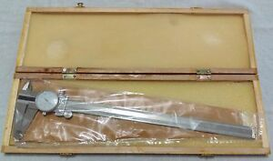 0 12 Dial Caliper No P1962 Made In China Nice Wooden Case Stainless Hardened