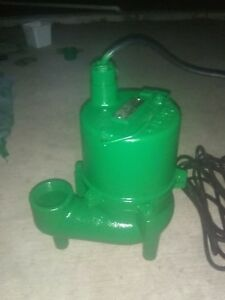 Myers Sewage Pump Cast Iron Green Excellent Condition