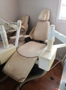 Lot Of 3 Den tal ez Dental tatoo Chairs With Dental Unit Salon Tattoo