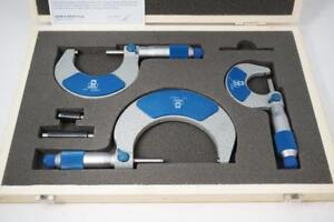 New Old Stock Moore Wright 0 3 Micrometer Set 0001 Grad W Standards