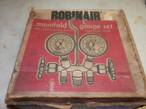 Robinair 2 way Side wheel Manifold Gauge Set 40153 W hoses In Box