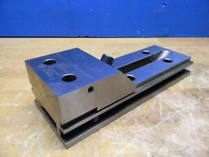 Suburban Tool Steel Toolmaker s Vise 4 Jaw Width X 7 Jaw Opening V411s2