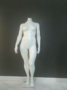 Plus Size Female Mannequin Headless Full body Fiberglass greneker 5 ft 5