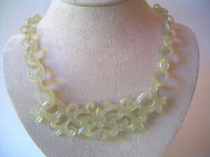 Chinese Carved Chain Nephrite Celadon Jade