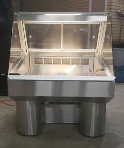 Federal Industries Refrigerated Deli display Case 120 V 1 Phase