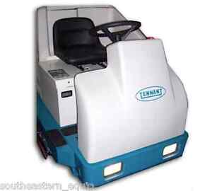 Reconditioned Tennant 7200 36 Cylindrical Rider Floor Scrubber