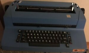 Ibm Selectric Ii 2 Correcting Typewriter Blue Vintage Typewriter
