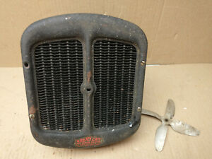 Vintage Antique Red Cat Hot Water Auto Heater Made In Hastings Ne No Fan