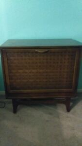 Mid Century Vintage Lane Record Cabinet Excellent Condition