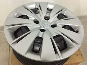 Wheel Made Of Iron And Hubcap Orig Toyota Yaris From 2011 15 Pz49p b0670 zq