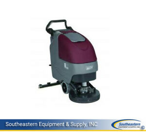 New Minuteman E17 Traction Driven Automatic Scrubber quick Pack agm Batteries