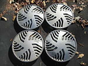 Genuine 1987 To 1989 Pontiac Bonneville 14 Inch Hubcaps Wheel Covers Set