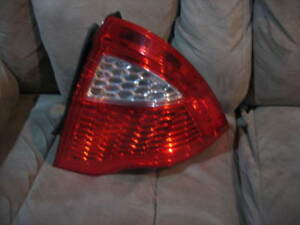 10 11 12 Ford Fusion Tail Light Right Passenger 2010 2011 2012