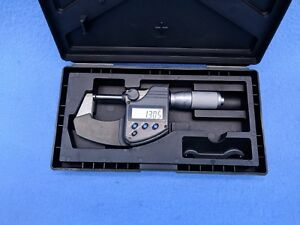 Mitutoyo Digital Micrometer Model 293 344 Resolution 00005 001mm
