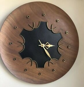 Vtg Mid Century Atomic Minimalist Ingram Battery Opp Mcm Walnut Disk Wall Clock