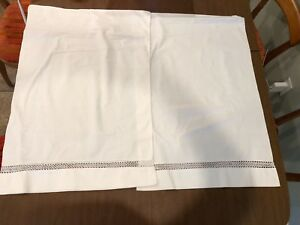 Antique Victorian Irish Linen Hand Tatted Lace Inserts 2 Pillowcases 21 X 30