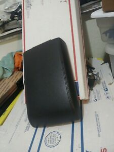2006 2010 Mountaineer Or Ford Explorer Center Console Arm Rest Lid Top Pad Cover