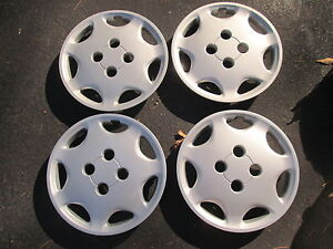 Factory Mitsubishi Mirage Dodge Colt Summit 13 Inch Hubcaps Wheel Covers