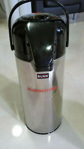 Pre owned Commercial Stainless Steel Brewer 2 5 l Glass Lined Pump Coffee Maker