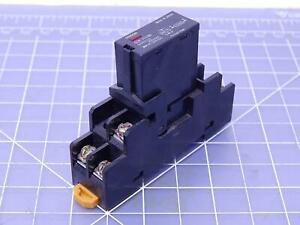 Lot Of 10 Omron G3r 202sn Relays W Bases T107380