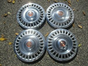 Factory 1967 To 1970 Pontiac Bonneville Catalina 14 Inch Hubcaps Wheel Covers