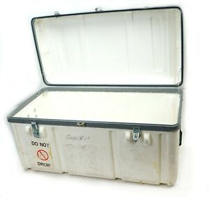 Parker Hard Plastic Shipping Transit Case 28x15x14 5 White With Handles